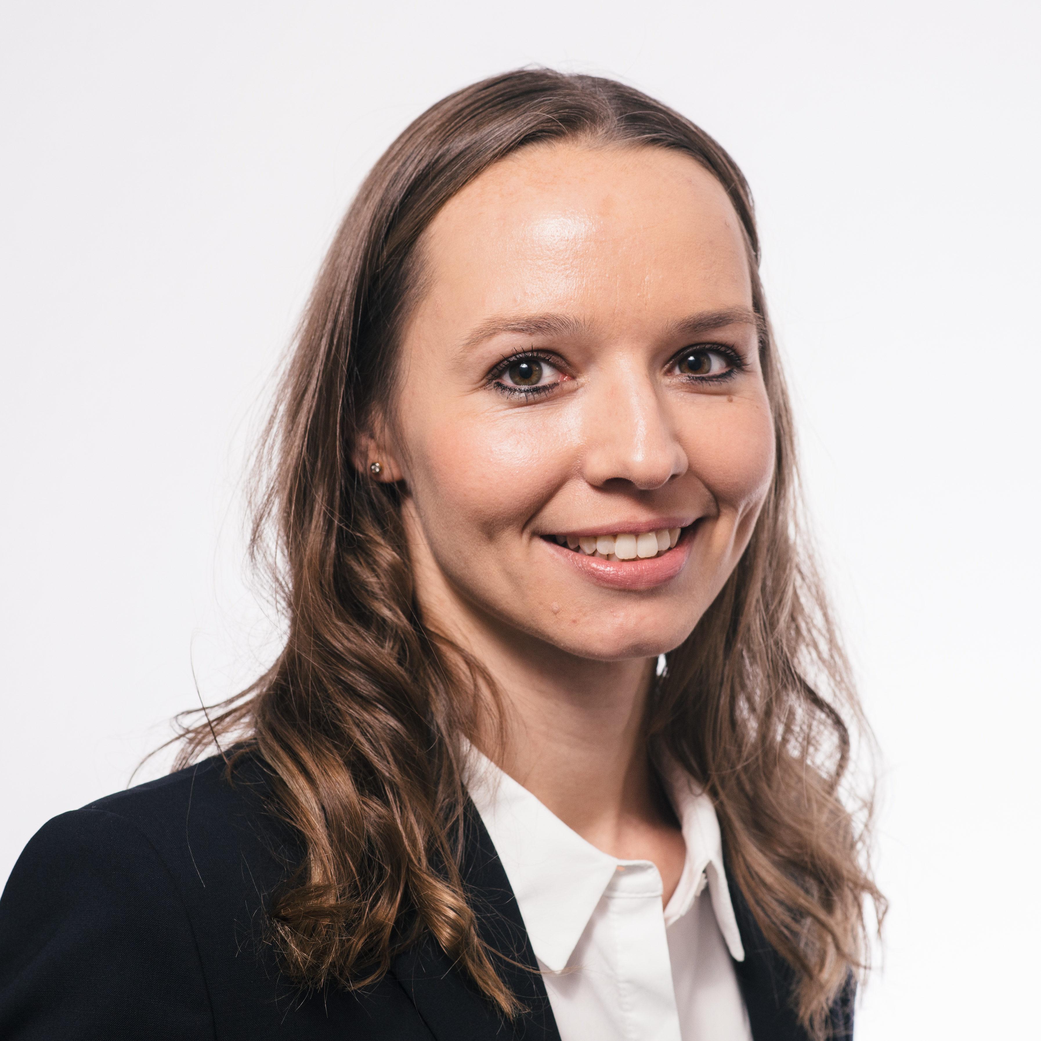 Portrait Rechtsanwältin Linda Czerwinksi